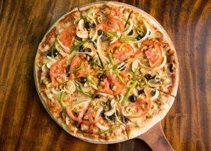 RESTAURANTS IN PLAYA VENAO: Pizza Gavilan   VISTACANAS.COM