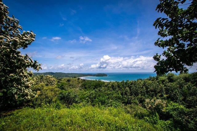 Reasons to Visit Panama: Playa Venao, Panama, is Central America's most fascinating surf destination by Matador Network | VISTACANAS.COM
